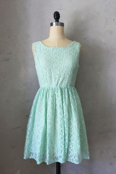 Sweet Mint - Charming lace pastel green dress //