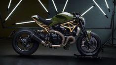 Δύσκολα θα αντισταθείς στην ημίγυμνη Ducati