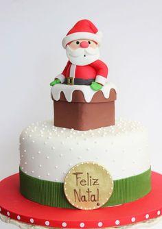 Wonderful Christmas Cake Decorating Ideas To Try Asap Fondant Christmas Cake, Christmas Themed Cake, Christmas Cake Designs, Christmas Cake Topper, Christmas Cake Decorations, Christmas Cupcakes, Christmas Sweets, Christmas Cooking, Noel Christmas