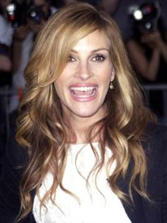 side hairstyles | Side Part Style of Julia Roberts Waves Hairstyle 578x770 Julia Roberts ...