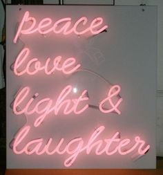 kiss my neon Neon Signs Quotes, Pink Quotes, Love And Light, Peace And Love, Neon Rouge, Neon Bleu, Neon Words, Neon Aesthetic, Neon Wallpaper