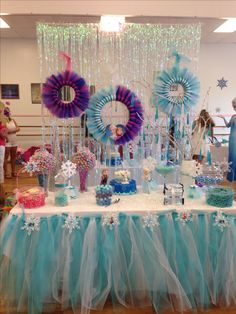 Frozen party decoration