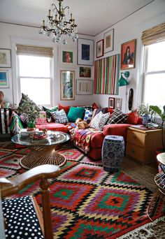 Böhmische Wohnzimmer Bohemian living room living room Bohemian living room is a design that is very popular today. Design is the search to make that make the house, so it looks modern. Decor, Boho Living Room, Room Inspiration, Bohemian Living Rooms, Apartment Living, Maximalist Decor, Boho Room, Home Decor, House Interior
