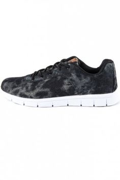 Oill Knight Running Trainers Black Designer Trainers, Running Trainers, Cleaning Wipes, Knight, Footwear, Brand New, Sneakers, Stuff To Buy, Shoes