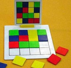 Kan in alle thema.Našli sme pár nových pinov na vašu nástenku montessori -Idea for Busy Bag- no instructionsAttention, carrying over a modelIf I used this in my classroom, I would change the colors to bars of music and have them match those Montessori Activities, Preschool Learning, Kindergarten Math, Classroom Activities, Early Learning, Learning Activities, Preschool Activities, Teaching, Early Education