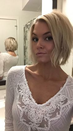 @krissafowles short blonde choppy inverted bob