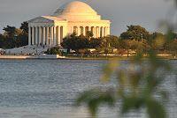 Washinton: Monumento a T. Jefferson al atardecer