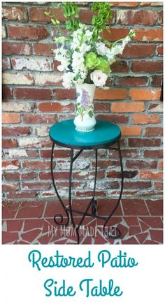 Use a wooden circle and an old wrought iron table form to restore your patio side table!