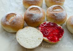 Puszyste bułeczki przepis | Sprawdzona Kuchnia Hamburger, Food And Drink, Bread, Hamburgers, Breads, Burgers, Bakeries