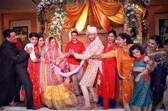 Adorable Pics from TV actors Divyanka Tripathi & Vivek Dahiya's Great #IndianWedding ~