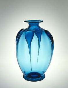 Water Lamp by Steuben Division, Corning Glass Works, 1920-1929. | Corning Museum of Glass #glass #Crystal City #vase #lamp