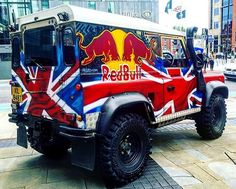 Absolutely stunning Land Rover Defender 90 - BRITISH BEAST! By @tys7 - SOURCE: Photo #Regram @tys7 / #landrover #rangerover #car #desire #bespoke #expedition #defender110 #adventure #classylady #defender #design #travelawesome #britishcars #rangeroversport #britishcar #icon #landroverdiscovery #gentlemen #defender90 #rover #cool #wanderlust #exoticcar #carinstagram #cars #gentleman #landy #carswithoutlimits #LandRoverDefender