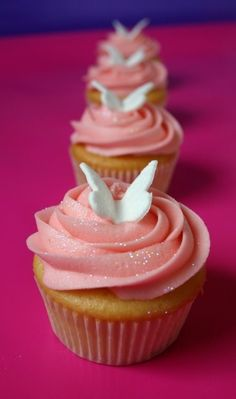 Create butterfly cupcakes for child's next Butterflies™ playdate! Butterfly Cupcakes, Pink Cupcakes, Cute Cupcakes, Birthday Cupcakes, Cupcake Cakes, Ladybug Cupcakes, Kitty Cupcakes, Glitter Cupcakes, Snowman Cupcakes