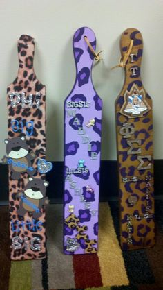 I'm feeling the cheetah print NOW WE'RE TALKING!  paddle art inspiration!  thank you phi sigma sigma…   ~ perfect paddles from my perfect littles.  submitted by: mannm5