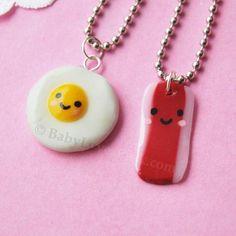 Encontre esto: 'Kawaii Happy Bacon and Egg BFF Necklace Set of 2 by BabyLovesPink' en Wish, ¡échale un ojo!