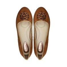 The Yas Bonessi Ballerinas in tan suede and ultra-comfortable signature inner sole.  https://bonessiballerinas.com/ballerinas/yas/yas-tan  #LondonFashion #BonessiBallerinas #LondonDesigners #Bonessi #ComfortableShoes #Comfort #FlatShoes #London #Shoes #Fashion #Outfit #Shopping #Beautiful #Style #LuxuryFashion #LeatherShoes #Luxury
