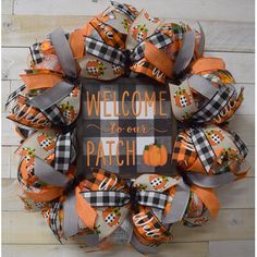 Fall Mesh Wreaths, Halloween Mesh Wreaths, Autumn Wreaths For Front Door, Fall Deco Mesh, Holiday Wreaths, Door Wreaths, Fall Ribbon Wreath, Fall Halloween, Indoor Christmas Decorations