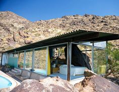 Desert Modernist home-Albert Frey 1963 Palm Springs, CA