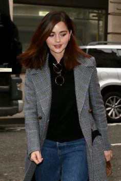 April The Zoe Ball Breakfast Show (Outside) - 20190402 TheZoeBallBreakfastShow Outside 0001 - Jenna Coleman Online David Tennant Doctor Who, Clara Oswald, Rory Williams, Donna Noble, Jenna Coleman, British Actresses, Smart Casual, Beautiful Actresses, Parisian