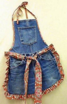Recycle Old Blue Jeans into a Fun Apron. The post Recycle Old Blue Jeans into a Fun Apron. appeared first on Jeans. Jean Crafts, Denim Crafts, Diy Jeans, Diy With Jeans, Sewing Hacks, Sewing Projects, Diy Projects, Sewing Ideas, Sewing Tips