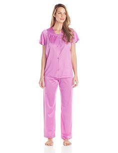 05becd9b3c Vanity Fair Women s Plus Size Coloratura Sleepwear Short Sleeve Pajama Set  90807 at Amazon Women s Clothing store
