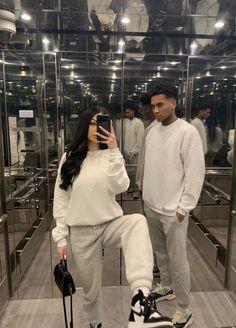 Couple Goals Relationships, Relationship Goals Pictures, Matching Couple Outfits, Matching Couples, Black Couples Goals, Cute Couples Goals, Mode Hipster, Mode Editorials, Fashion Couple