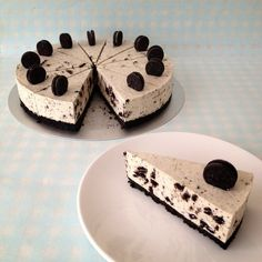 Make your own Oreo cake - 5 simple and delicious recipes - Make your own Oreo c. - Make your own Oreo cake – 5 simple and delicious recipes – Make your own Oreo cake – 5 simpl - Easy Oreo Cake Recipe, Oreo Cake Recipes, Chocolate Recipes, Snack Recipes, Dessert Recipes, Oreo Dessert, Donut Recipes, Cooking Recipes, White Chocolate Cheesecake
