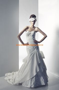 2013 Neue Brautkleider Meerjungfrau aus Satin mit Schleppe und Korsage