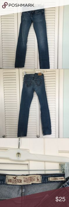 Hollister skinny jeans Excellent condition, size 1R Hollister Jeans Skinny