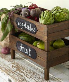 Fresh fruit and veggie storage