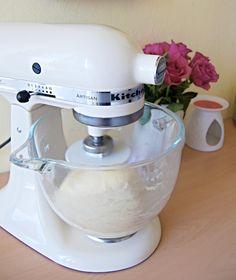 TRADIČNÍ MAKOVÝ ZÁVIN Kitchen Aid Mixer, Kitchen Appliances, Kitchenaid, Archive, Diy Kitchen Appliances, Home Appliances, Kitchen Gadgets