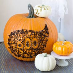 Transform your home into a haunted house with Halloween ambience. Welcome ghosts, witches, ravens, and spiders with these creepy Halloween decorating ideas.