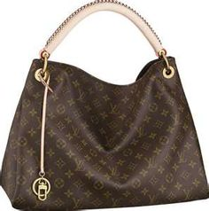 I have this bag and it's amazing!!!! It's gorgeous....and I love that it's so big and spacious!! My favorite LV by far!!!