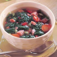 Healthy Soul Food Recipes – Chicken Broth with Mustard Greens and Tomatoes Supper Recipes, Soup Recipes, Chicken Recipes, Real Food Recipes, Great Recipes, Cooking Recipes, Low Sodium Chicken Broth, Mustard Greens, New Cookbooks
