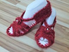 Nusret Hotels – Just another WordPress site Crochet Shoes, Crochet Slippers, Crochet Clothes, Viking Tattoo Design, Viking Tattoos, Hairstyle Trends, Moda Emo, Fitness Tattoos, Sunflower Tattoo Design