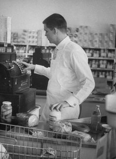 LIFE in the 50s, no electronic scanner, you had to push it with your fingers and know how to count back the change.