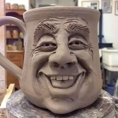 Artismia (Bowman Pottery) Face Mug click now for info. Clay Mugs, Ceramic Clay, Ceramic Pottery, Pottery Art, Ceramics Projects, Clay Projects, Clay Crafts, Art Visage, Face Mug