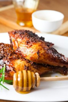 Love recipes with four ingredients and one dish to cook in. Honey Baked Chicken Pieces is an easy and delicious dish for the whole family! Baked Chicken Pieces, Honey Baked Chicken, Honey Mustard Chicken, Chicken Spices, Roast Recipes, My Recipes, Chicken Recipes, Cooking Recipes, Favorite Recipes