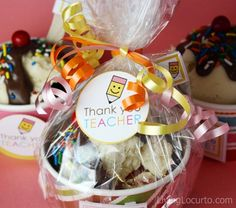 Teacher Appreciation Cupcakes & Free Printable Tags