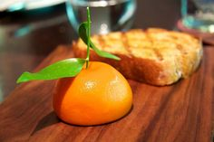 Meat Fruit At Dinner By Heston Blumenthal estrella michelin Mandarin Orange Dessert Recipes, Cocinas Chocolate, Dinner By Heston Blumenthal, 1000 Calorie Diet Plan, Truffle Mac And Cheese, Meat Fruit, Dessert Places, Austrian Recipes, Great British Chefs