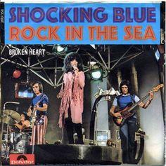 Finger Five! Cover Pics, Cover Art, Mariska Veres, Shocking Blue, Rock Album Covers, Rock N Roll Music, Vintage Rock, Rock Posters, Vinyl Cover