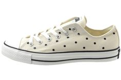 Image from http://sneakernews.com/wp-content/uploads/2009/01/polka-dot-all-star-4.jpg.