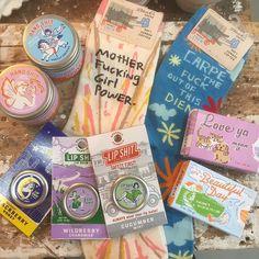 Gekkigheid voor moederdag... #gift #mothersday #fun #shop #interior #haarlem #lipshit #handshit