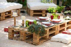 DIY Low Pallet Table.