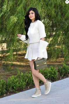 Kylie Jenner Leggy Out in Beverly Hills Kyle Jenner, Mode Kylie Jenner, Kylie Jenner Fotos, Looks Kylie Jenner, Estilo Kylie Jenner, Kendall Jenner Outfits, Khloe Kardashian, Estilo Kardashian, Kendall Et Kylie