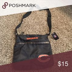 BRAND NEW BEARS PURSE WITH TAGS! Don't miss out on this super cute Chicago Bears Crossbody purse! It's never been used! NFL Bags Crossbody Bags