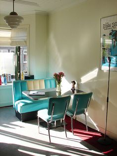 would love to have a  retro 50's kitchen like this
