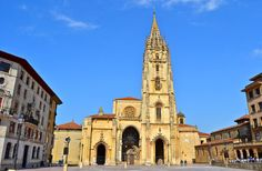 La Santa Iglesia Basílica Catedral Metropolitana de San Salvador de Oviedo es una catedral de estilo gótico que se encuentra en la ciudad de Oviedo. Es conocida también como Sancta Ovetensis, refiriéndose a la calidad y cantidad de las reliquias que contiene.