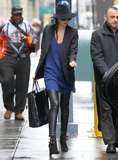 Miranda Kerr in yet another awesome outfit!
