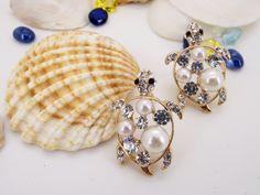 #Fei fei et bu#earrings#cubic zirconia#pearl#jewelry https://www.facebook.com/feifeietbu